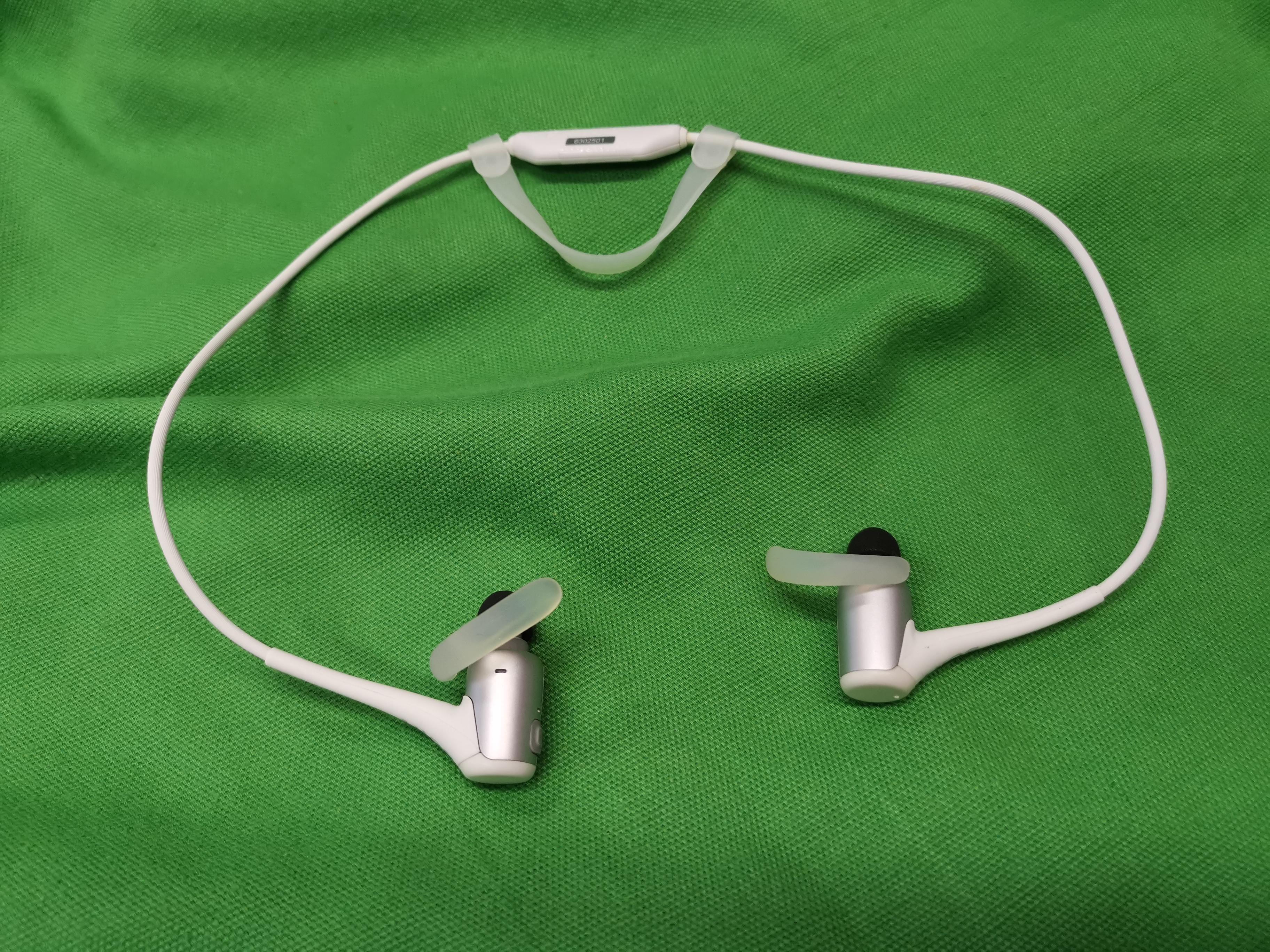 Sony MDR-AS800BT vezeték nélküli bluetooth fülhallgató, kiemelt kép