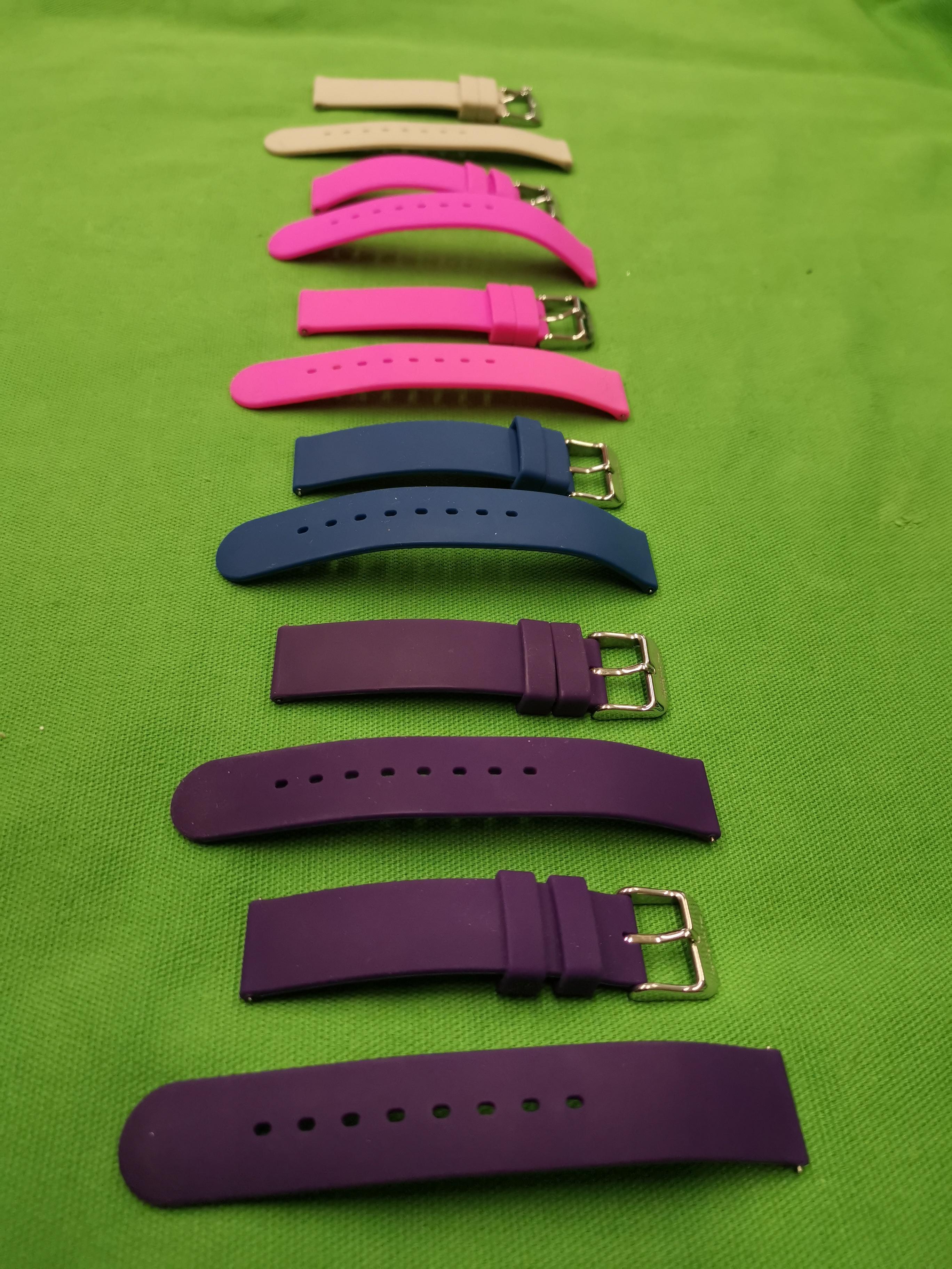 Kaucsuk óra szíjak több színben, kiemelt kép